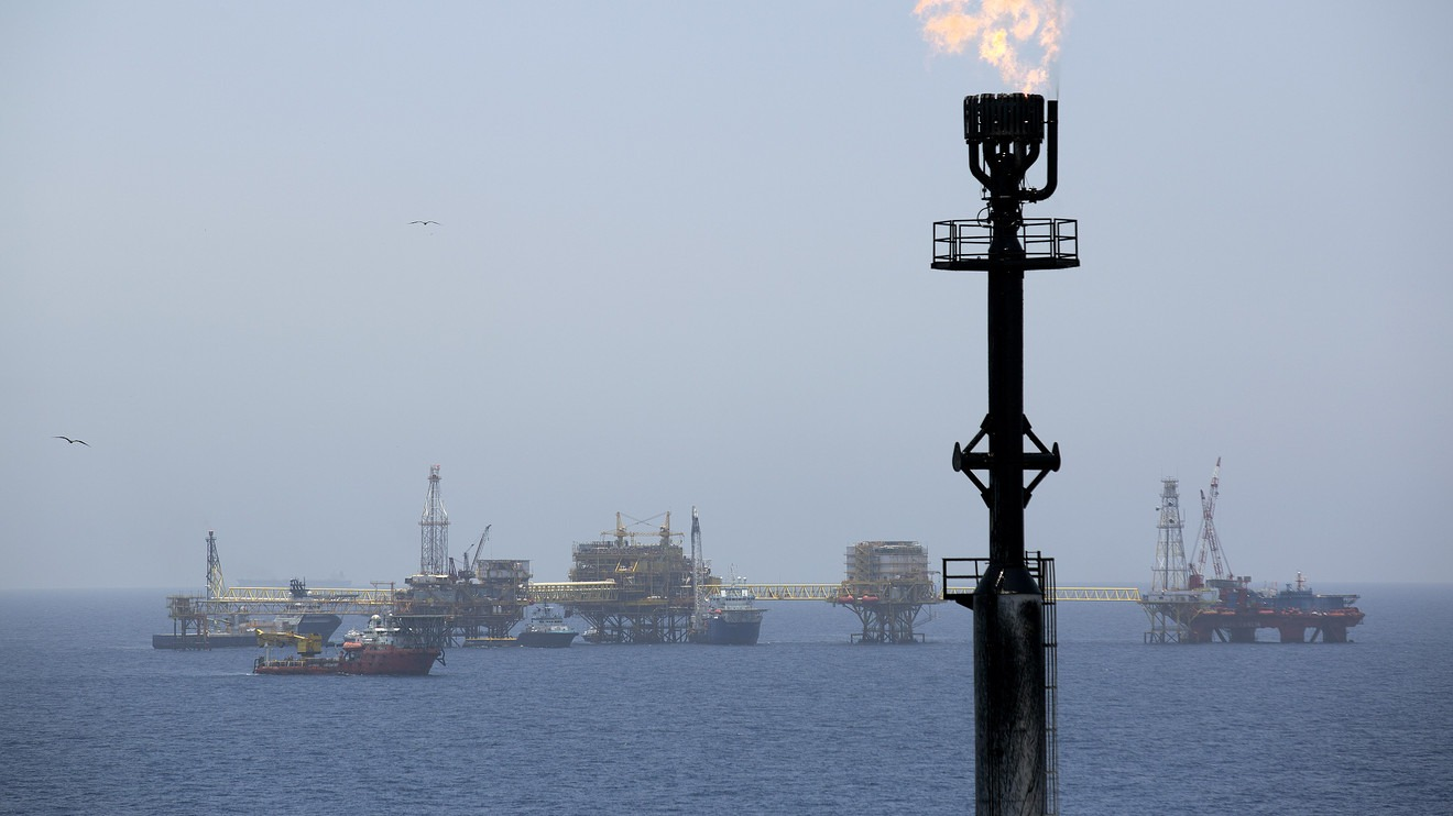 Major Oil Producers Comply With Deal To Cap Output