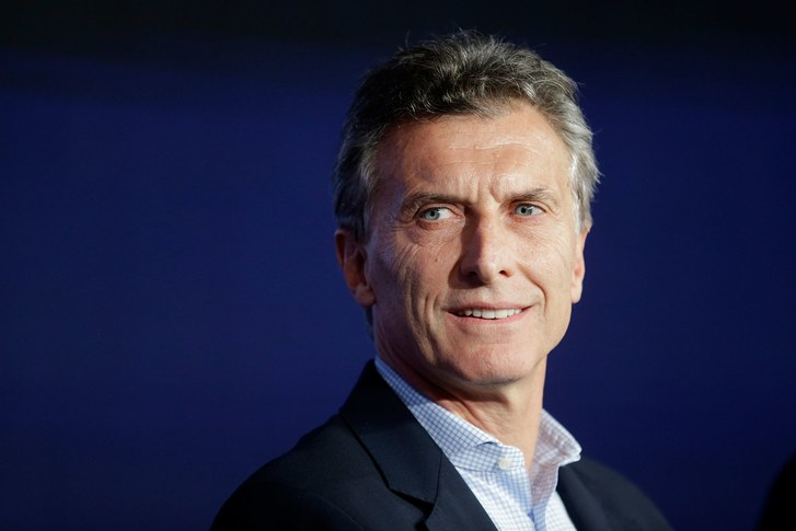 Argentina announces new austerity program to tackle the crisis